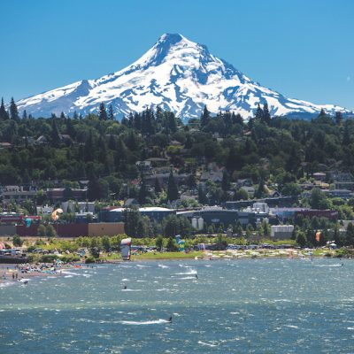 2016_1859_August_Feature_Best-Places_August_Hood-River_002