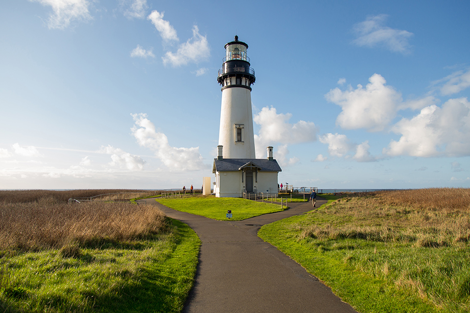 Yaquina Head Lighthouse Oregon Coast photo by Sparkloft courtesy of Travel Oregon