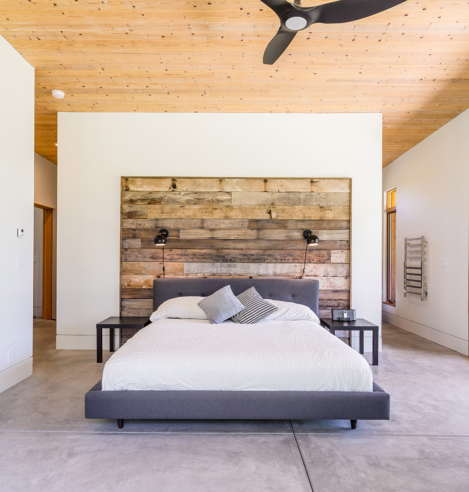 Diy Wood Accent Wall: Oregon Home And Design DIY: Create A Modern Wood Accent